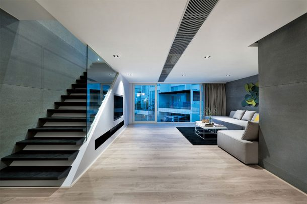 this-high-tech-glass-walled-home-in-hong-kong-will-give-you-goals_image-2