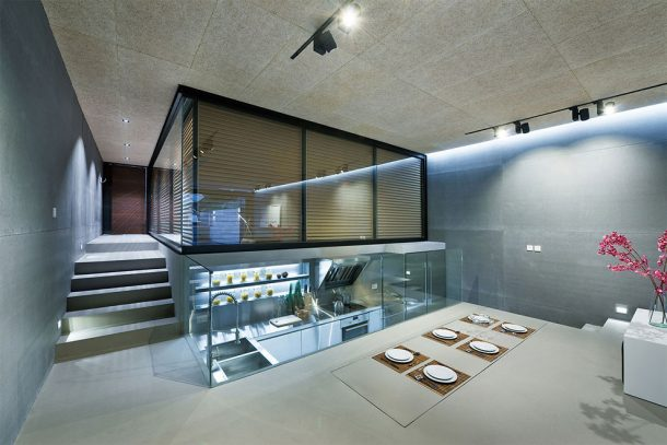 this-high-tech-glass-walled-home-in-hong-kong-will-give-you-goals_image-5