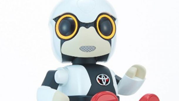 toyota-unveils-kirobo-mini-robot-baby-amid-falling-japanese-birthrates_image-1