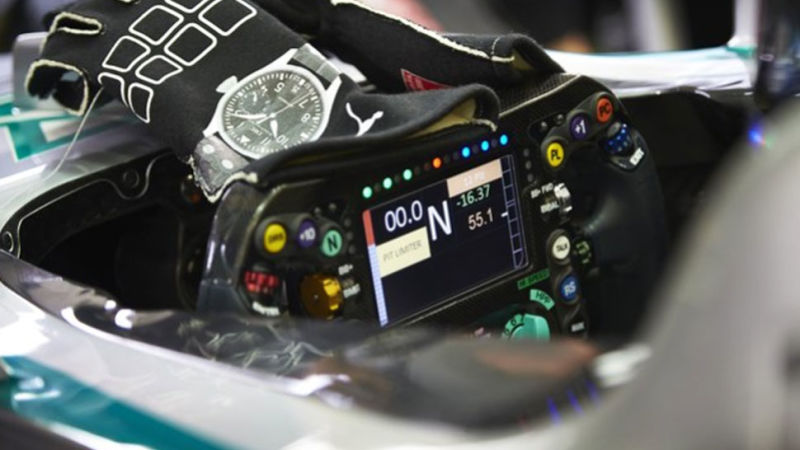 what-are-all-the-buttons-on-the-steering-wheel-of-a-formula-one_image-2