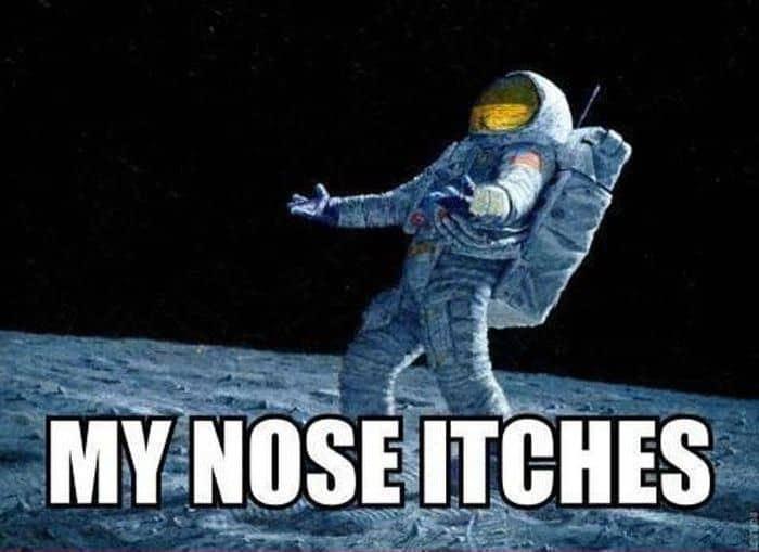 astronaut-itch1
