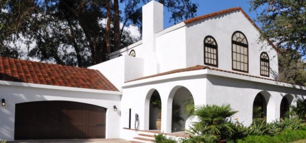 "Tesla ""Tuscan Glass Tile"" Solar Roof/ Pic Credits: insideevs"