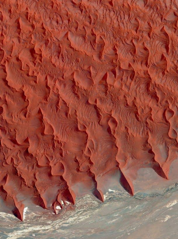 7-salt-and-clay-pan-namib-desert-namibia