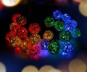 best-solar-powered-christmas-lights-10
