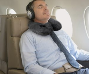 inflatable-travel-pillows