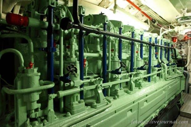 u-boat-inside12