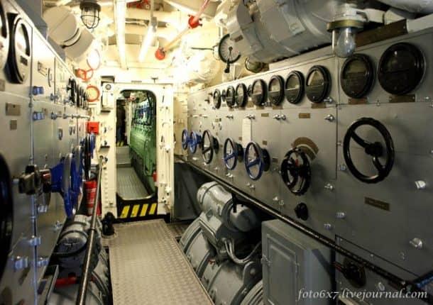 u-boat-inside213