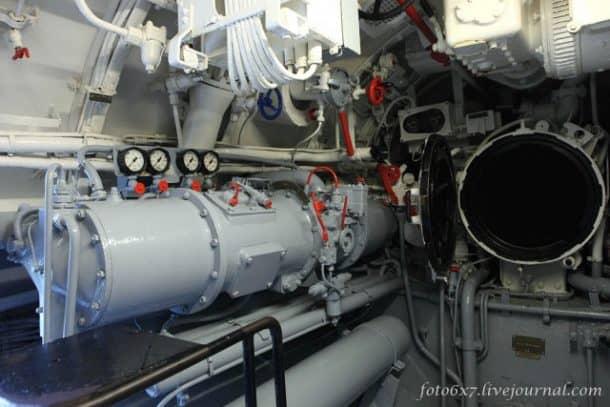 u-boat-inside344