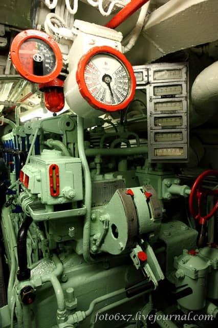 u-boat-inside54