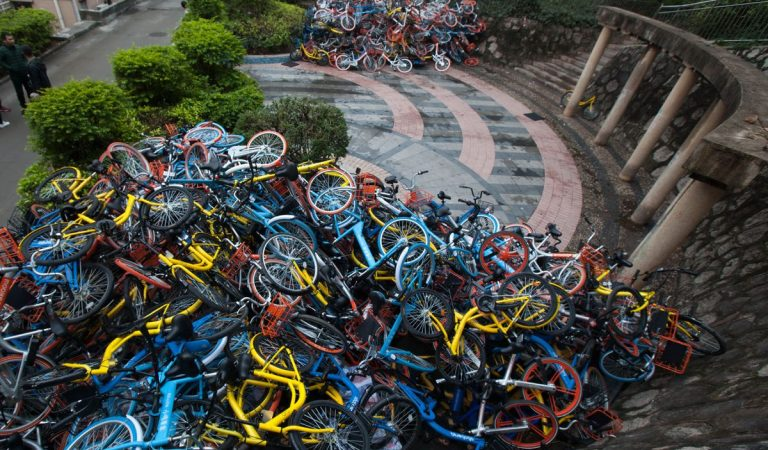 This Is Why There Are Huge Piles Of Bikes In China