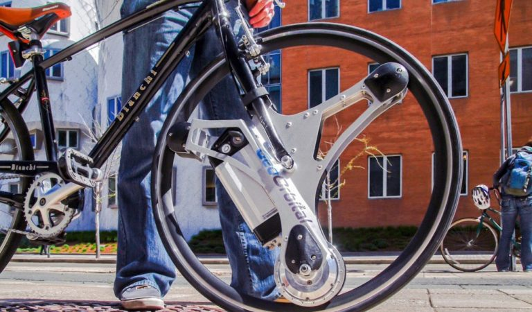 This Swap-in Wheel Converts Any Bicycle Into An Electrical One Within 60 Seconds