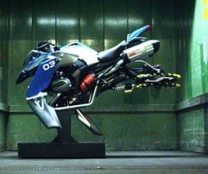 Hover-bike-LEGO-BMW-2-1020x542