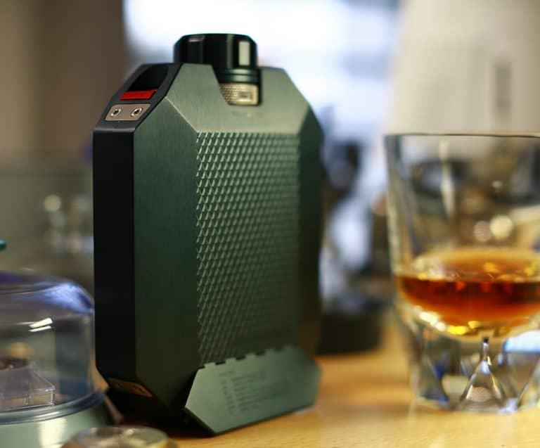 Macallan-X-Urwerk-Flask-5