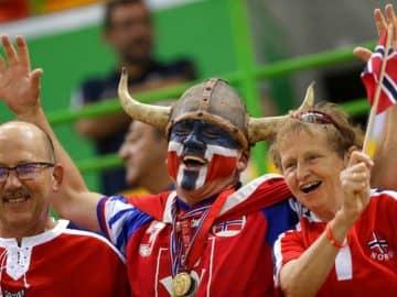 Norway_Happy_Nation_07254