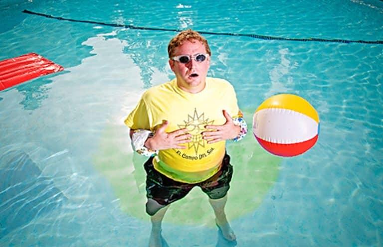 Pee in swimming pool