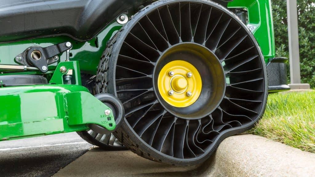 Tweel tires