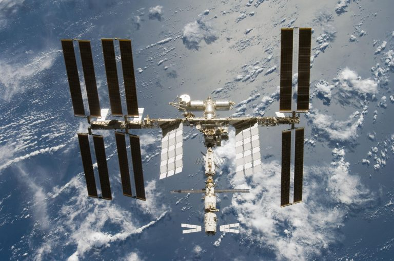 Manufacturing in Space (1)