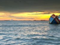 sinking-ship_1024