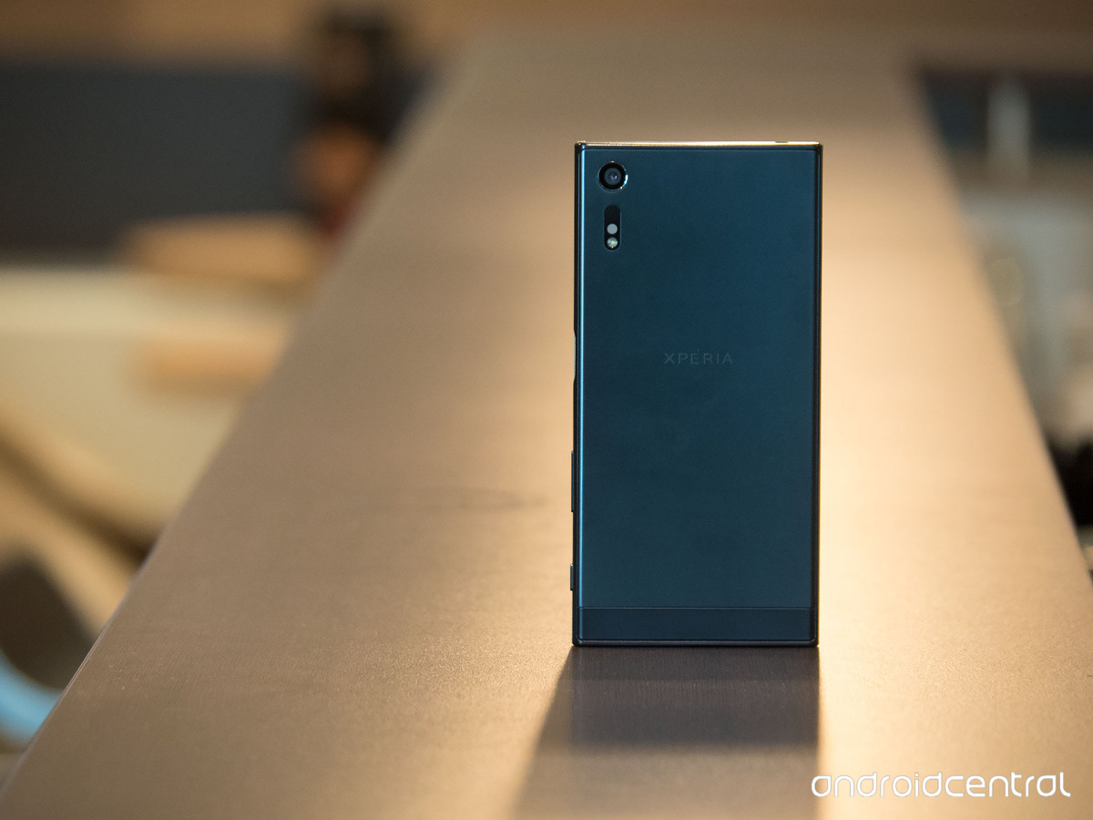 Best Screen Protectors For Sony Xperia XZs