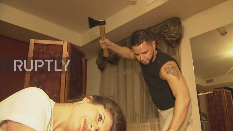 Haircut with hatchet Russian hairdresser (1)