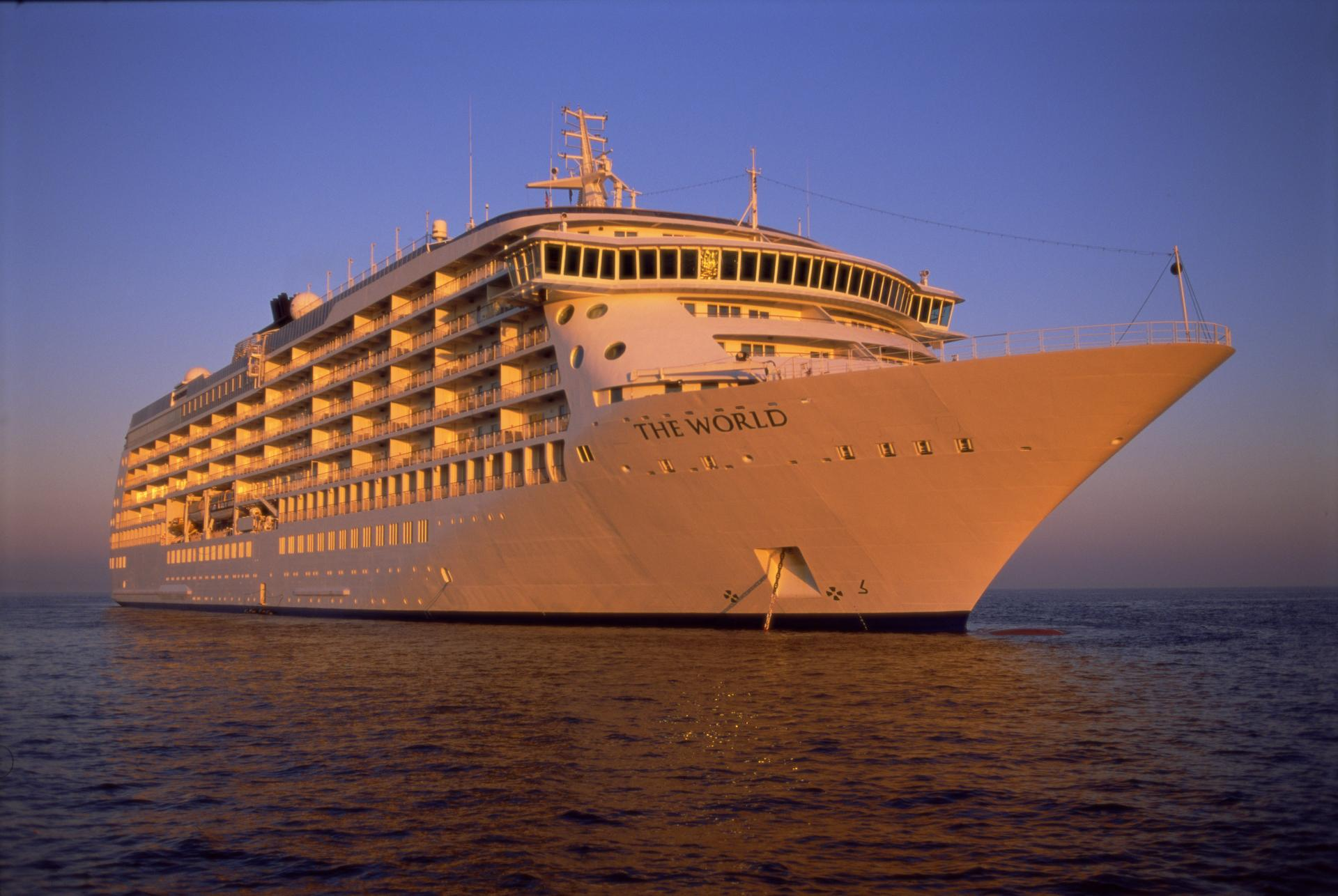 The World Residential Cruise Ship (2)