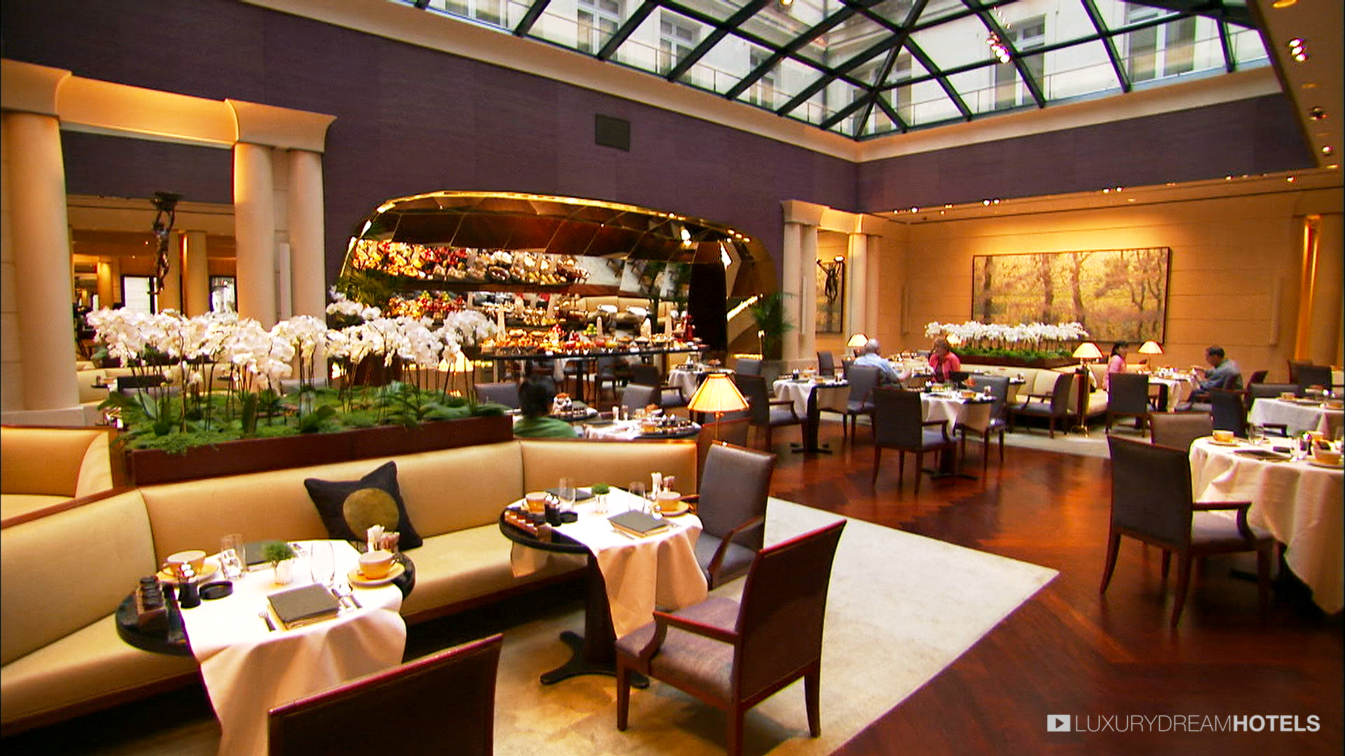 10 most expensive and luxurious hotels around the world for World hotels luxury