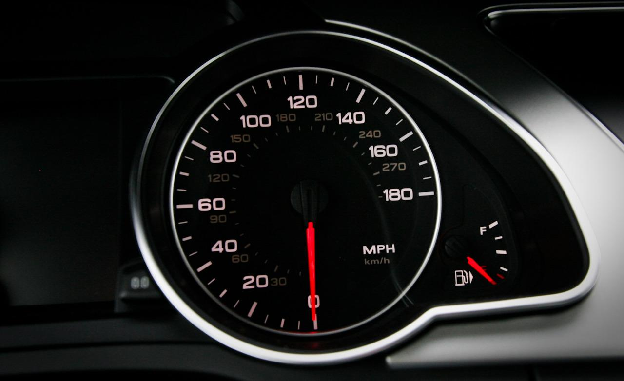 Here Is Why The Speedometer Of A Car Goes Beyond The Legal ...