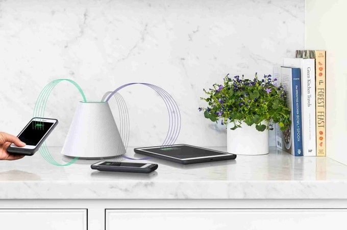 This Incredible Wireless And Contactless Charging System Can Charge 4 Phones At A Time