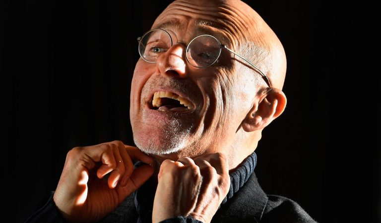 Neurosurgeon Claims To Have Successfully Performed A Human Head Transplant