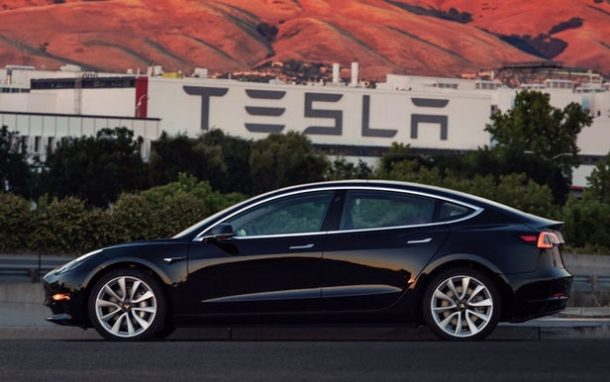 Tesla Reports Huge Loss But Assures Everyone That Model 3 Is Coming