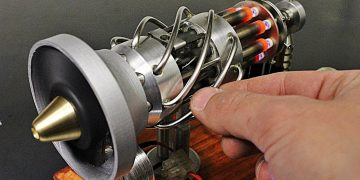 16 cylinder Stirling engine
