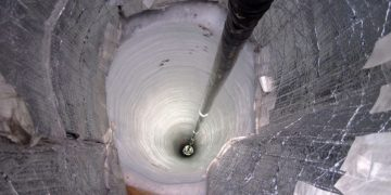 man-made deepest hole in the world