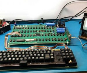apple-1 for auction