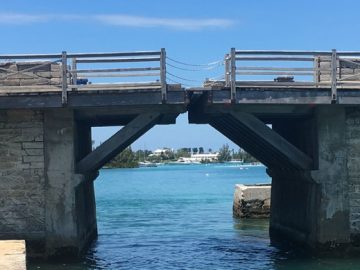 somerset bridge in bermuda