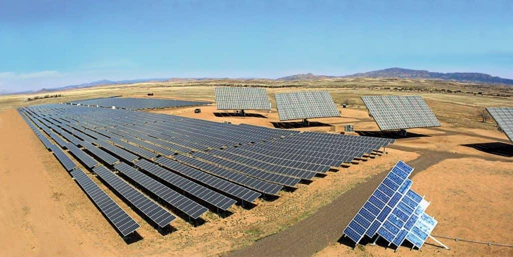 solar panels in sahara desert