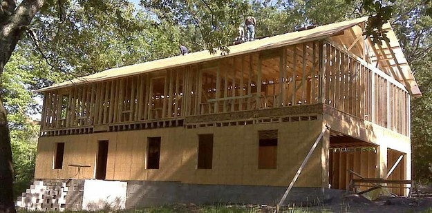 man builds house using youtube tutorials