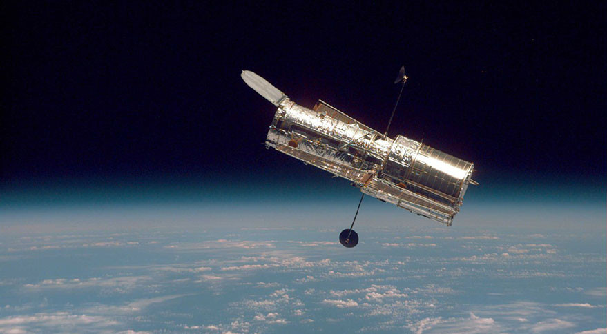 hubble gyroscopes are back to work