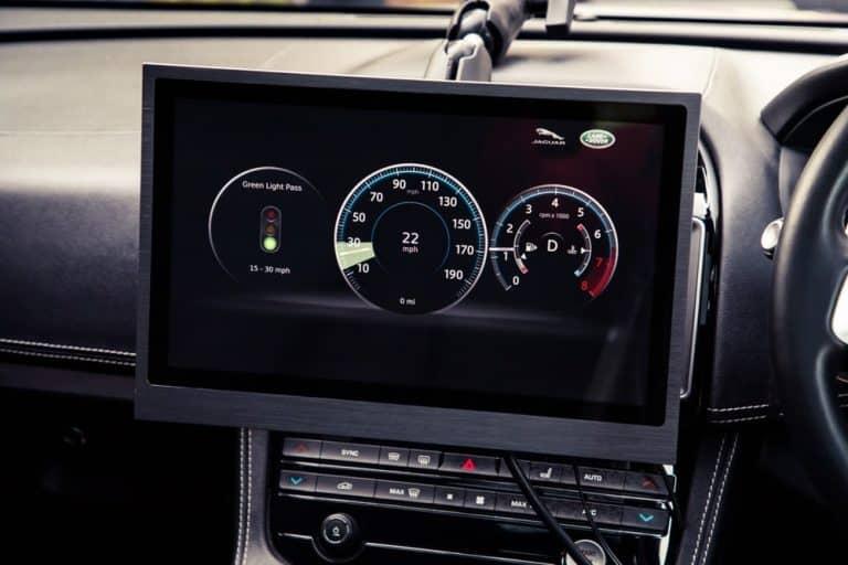 jaguar green signal alert system traffic lights