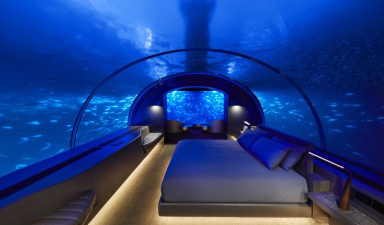 Now You Can Sleep With Fish In This Underwater Hotel Suite