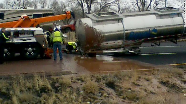 Liquid Chocolate Flows On Arizona Highway After A Traffic Incident!