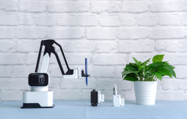 The Hexbot Is A Modular 3D Printing Robotic Arm!