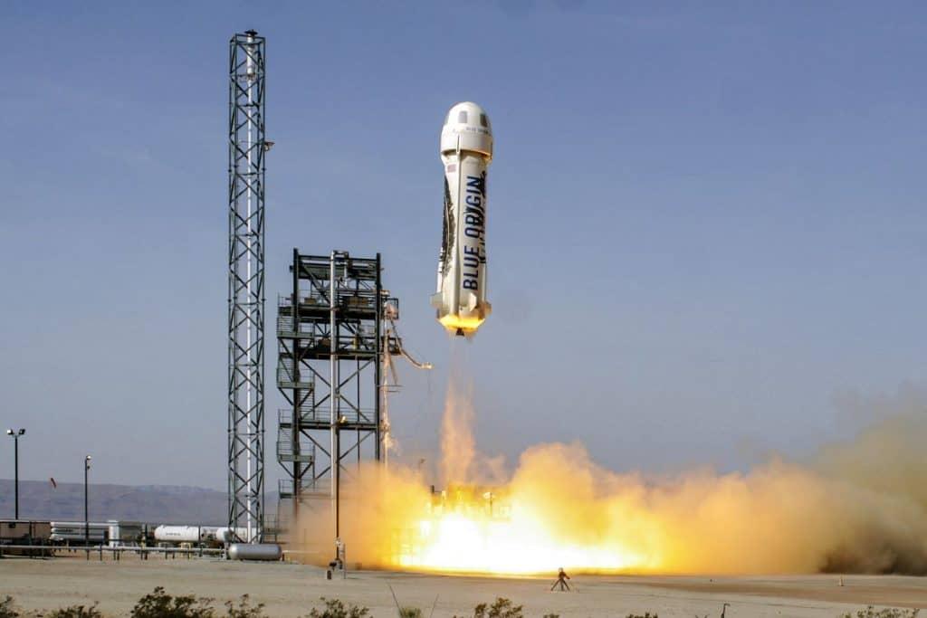Blue Origins' New Shepard Rocket Lands Back On Earth Safely!
