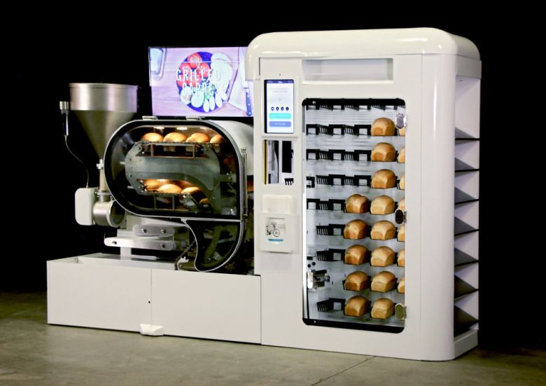 BreadBot Can Make You Fresh Bread With Dry Ingredients!