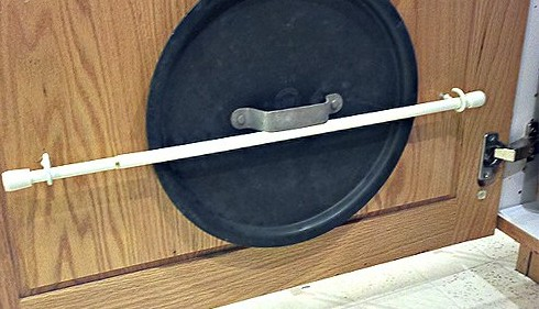 21 Ways You Can Use Tension Rods In Your Home!