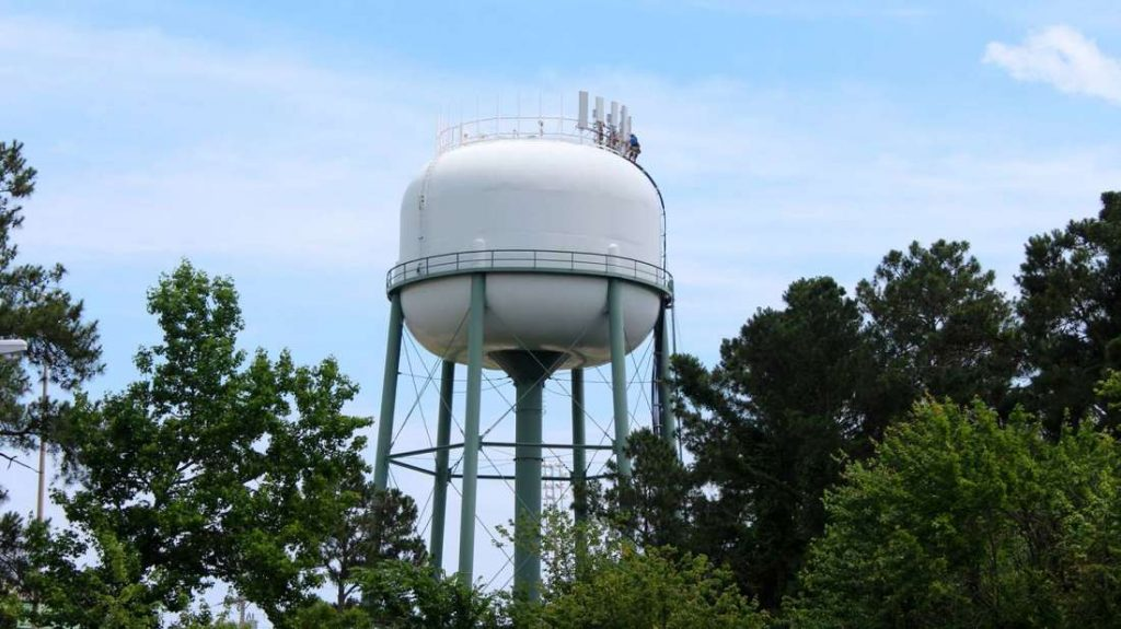 Learn How Water Towers Work Using This Video!
