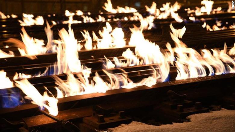 Metra Sets Train Tracks On Fire In Chicago To Combat The Cold!