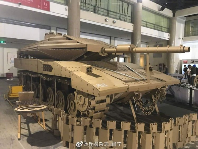 Cardboard Modelling Experts Created 1:1 Replica of Merkava MK4!