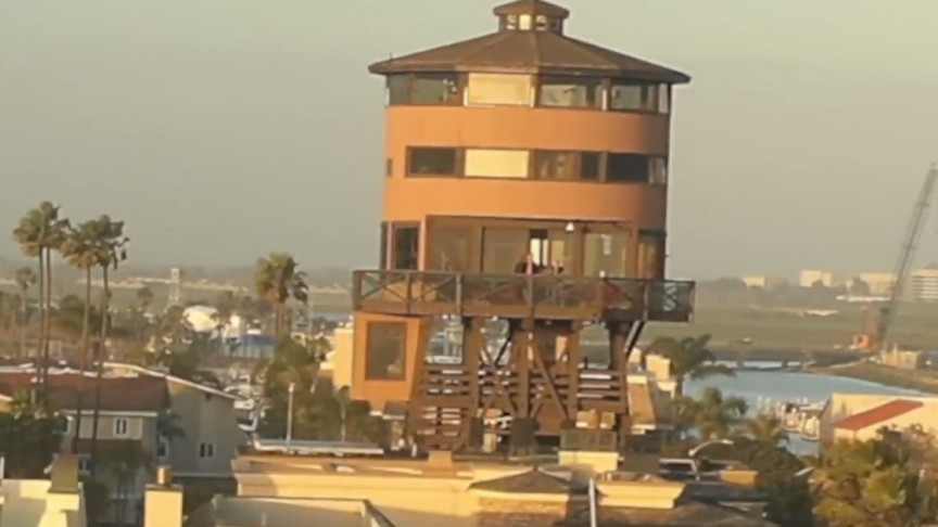 The World's First Water Tower House Is Amazing!