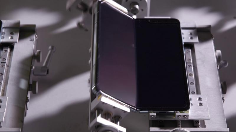 Samsung Galaxy Fold Phone Subjected To 200,000 Folds!