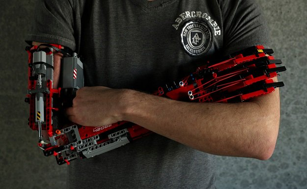 Teenager Creates A LEGO Prosthetic Arm For Himself!